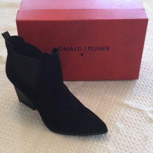 Donald Pliner Booties